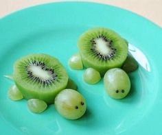 How cute are these grape nd kiwi turtles