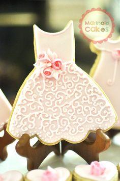 Bride's Maid Dress Cookies- 1 Dozen Cookie Favors, Wedding Cookies,  Bridal Shower Cookies, Wedding Dress Cookies
