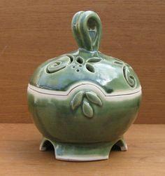 Garlic Keep Ceramic Box Jewelry Box by GlyntPottery on Etsy