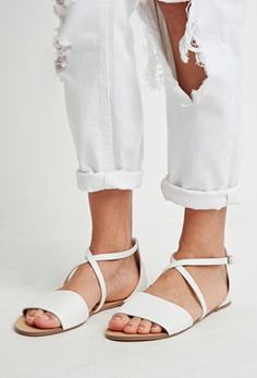 Chic Summer Sandals Picks from Alli Simpson | Entertainment, Shopping