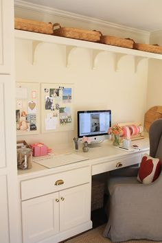 Jenny Steffens Hobick: My Office Space... in the Mudroom : )