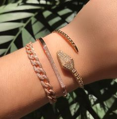 Sliding onto your feed with our diamond encrusted snake cuff! Message us for details! Cute Jewelry, Body Jewelry, Jewelry Box, Jewelry Accessories, Fashion Accessories, Fashion Jewelry, Women Jewelry, Bullet Jewelry, Jewelry Necklaces