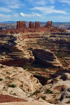 Chocolate Drops, Canyonlands National Park Canyonlands National Park, Yellowstone National Park, Road Trip Destinations, Us National Parks, Road Trip Usa, Vacation Spots, Beautiful Landscapes, Travel Pictures, Beautiful Places