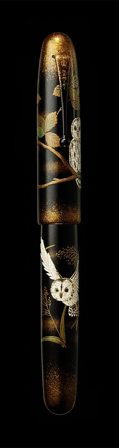 Namiki Emperor maki-e fountain pen - Owl Check out Shodo: The Quiet Art of Japanese Zen Calligraphy by Shozo Sato http://amzn.to/2dgZuKB