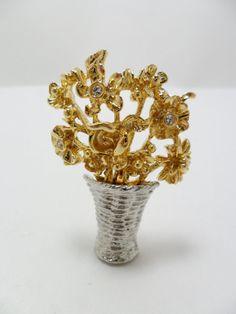 Vintage Brooch Basket of Flowers.