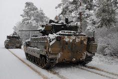 US – M2A2 ODS BRADLEY IFV Bradley Ifv, Lav 25, Bradley Fighting Vehicle, Army Infantry, Military Modelling, Battle Tank, Military Photos, Linkin Park, Armored Vehicles