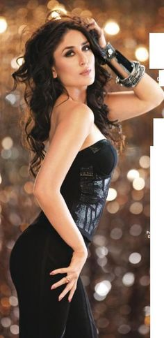 Bollywood News: Recently Bollywood Actress Kareena Kapoor has been voted as the One Night Stand Diva on Filmfare's Youth Poll. She has been chosen over her Bollywood Actress Hot Photos, Indian Bollywood Actress, Bollywood Fashion, Indian Actresses, Indian Celebrities, Bollywood Celebrities, Beautiful Indian Actress, Beautiful Actresses, Karena Kapoor