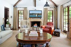 Living room decor ideas - take inspiration from Reese Witherspoon's living room in Brentwood | hookedonhouses.net