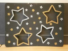 Tik Tak : licht/donker / kerst Pallet Walls, Kids Playing, Kids Rugs, Halloween, Projects, Sensory Activities, Space, Projects To Try, Cards