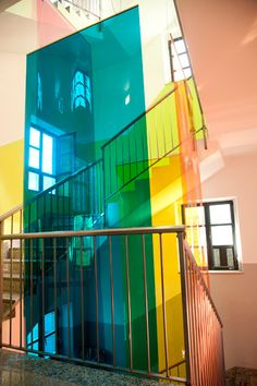 Paradise exhibit, Milan. - This is great to bring a lively change to a simple white stair case.