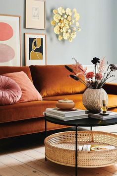 An expertly curated guide for stylish home and living. Danish Interior Design, Danish Design, Home Design, Classic Furniture, Living Room Interior, Home Decor Styles, Flower Wall, Home And Living, Black Metal