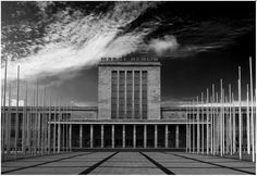The Messe Berlin (Berlin fair). Buit in 1936-1937 by Heinrich Straumer in the typical 'stripped classicism' which was in vogue those days.