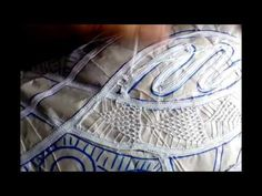 06 passo pra fazer a renda renascença (ponto passagem) - YouTube Russian Crochet, Irish Crochet, Crochet Doily Patterns, Crochet Doilies, Doll Clothes Patterns, Clothing Patterns, Dress Patterns, Romanian Lace, Sunbonnet Sue