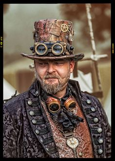 Steampunk Part II by Klaus Windolph You are in the right place about Gothic Style windows Here we offer you the most beautiful pictures about the Gothic Style 2019 you are looking for. Steampunk Cosplay, Viktorianischer Steampunk, Steampunk Design, Steampunk Clothing, Steampunk Fashion, Gothic Fashion, Victorian Fashion, Steampunk Guitar, Steam Punk