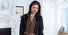 We go inside fashion stylist and consultant Stacy London's magnificent NYC home while she tells us about her new TLC show, Love, Lust or Run. Stacy London, Older Beauty, Home Still, Brooklyn Apartment, Fashion Stylist, Kimono Top, Stylists, Nyc, Junk Drawer