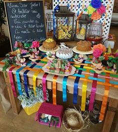 #festajunina #mesa #decoração Fiesta Party, I Party, Party Time, Party Decoration, Birthday Decorations, Diy And Crafts, Crafts For Kids, Diy Photo Backdrop, Mexican Party