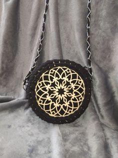 Pocket Watch, Watches, Crochet, How To Make, Bags, Accessories, Fashion, Handbags, Moda