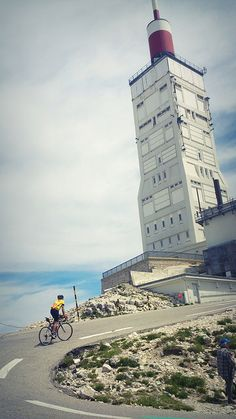 Mont Ventoux - this is a sight I expect to only see in my dreams Cycling Art, Road Cycling, Cycling Bikes, Cycling Equipment, La Provence France, Alpe D Huez, Cycling Holiday, Bicycle Race, Bike Rides