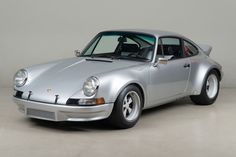 Luv this platinum kinda matt silver colour. #911 #porsche #porsche911