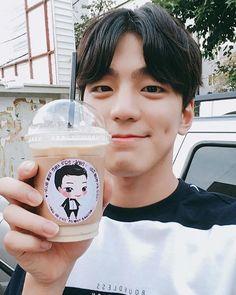 Kim Min-gyoo-II's Cute Dimple