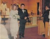 Bruce marries 1985
