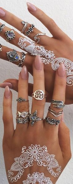 white henna, temporary tattoo, silver jewelry, rings with gemstone, gems, hamsa ring, daisy ring, nails, beauty, manicure