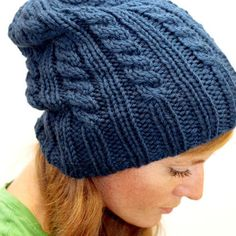 Cabled hat knitting pattern
