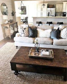 Simple Rustic Farmhouse Living Room Decor Ideas 25