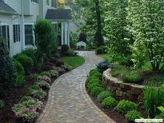 Marvelous Front Yard and Garden Walkway Landscaping #LandscapeFrontYard #LandscapingFrontYard