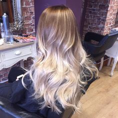 52 light brown to platinum blonde ombre