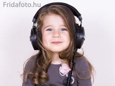 Reklámkampányhoz készült Headset, Headphones, Ear Phones, Ear Phones, Helmet