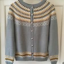 Bilderesultat for gretekofte Sweaters, Fashion, Fashion Styles, Threading, Moda, Sweater, Fashion Illustrations, Sweatshirts, Pullover Sweaters
