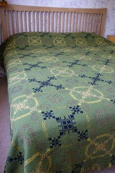 Like all Welsh double cloth tapestries, it is reversible with the green dominating on one side and the black and yellow on the other so you can flip it according to your room décor or mood. I am guessing it dates from the 1970s and it features a peony pattern weave on an olive green background with elements of black, yellow and tan brown. | eBay!