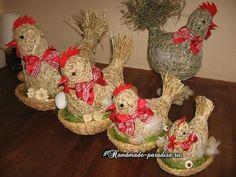 Петушки и курочки из сена и соломы - идеи handmade к Новому году и для подготовки к празднику Светлой Пасхи.