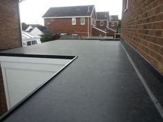 The lifespan of a rubber roof is up to 5 times that of a felt roof and 2-3 times longer than an asphalt roof. EPDM is installed in an exceptionally more eco-friendly way, without the lengthy use of heat and flames. Combined with these properties are the facts that EPDM rubber sheet roofing provides excellent thermal properties and is an outstanding sealant against water penetration.