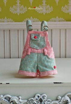 PO - Anniedollz Blythe Outfits Short Pants Overalls - Peony