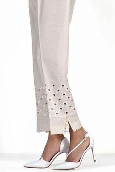 Plazzo Pants, Salwar Pants, Trouser Pants, Dress Neck Designs, Blouse Designs, Xl Fashion, Fashion Pants, Pakistani Fashion Casual, Silk Pants