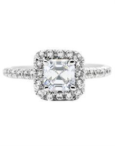 I dont know if i like square or round halos better.. #TheKnot #DreamEngagementRing