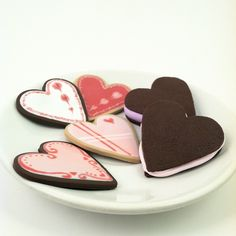 Gourmet Valentine Cookies for Dolls - LARGE polymer clay play cookies for SD BJDs, American Girl AG, Harmony Club, My Twinn, etc.. $15.00, via Etsy.