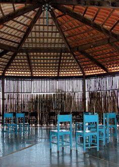 Interior view of the community hall in Cerrado Church, Uberlândia, Minas Gerais (1976–82). Photo by author Zeuler R. Lima.
