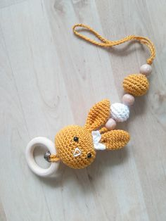 Kids Gifts, Baby Gifts, Crochet Baby Mobiles, Baby Gym, Baby Knitting Patterns, Diy Toys, Baby Items, Baby Shower Gifts, Crochet Earrings