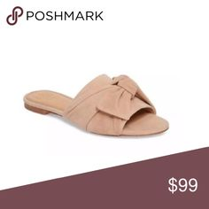 7e32ce09098d Tory Burch Blush Annabelle Bow Slide Sandals Beautiful blush bow slides.  Have an upcoming vacation