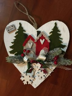 1 million+ Stunning Free Images to Use Anywhere Felt Christmas Ornaments, Christmas Bells, Pine Cone Christmas Tree, Christmas Makes, Christmas Embroidery, Diy Weihnachten, Holiday Wreaths, Holiday Crafts, Rustic Christmas