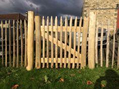 Portails et portillons de jardin : le bois de châtaigner dans les ...