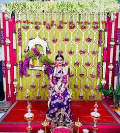 Desi Wedding Decor, Wedding Stage Decorations, Backdrop Decorations, Flower Decorations, Background Decoration, Backdrops, South Indian Bride Jewellery, Indian Wedding Stage, Housewarming Decorations