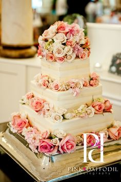 Let them eat cake!  I think this cake is so beautiful.