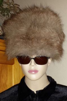 Hot Heads by Fur Flyers Russian ushanka cossack fur hat never worn vintage #FurFlyers #Russian