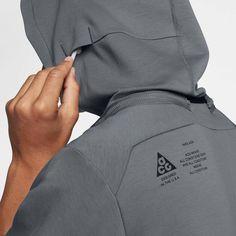 Placement and branding graphic for ACG Men's Activewear, Sport Fashion, Mens Fashion, Overalls Women, Nike Acg, Fashion Details, Fashion Design, Inspiration Mode, Mens Fleece