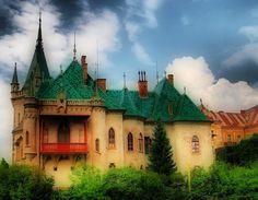 visit Kosice, Slovakia Bratislava, Bucket, Europe, Mansions, House Styles, Historia, Manor Houses, Villas, Mansion