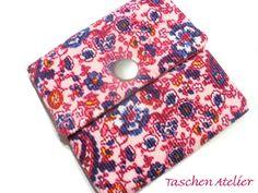 Tampontaschen - Minitasche Tampontasche Cord rosa pink geblümt - ein Designerstück von CreativeArtDesign bei DaWanda